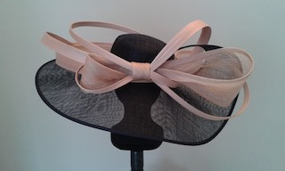RACHEL LE GALL, site mariage, chapeau de la mariée, chapeau sur-mesure