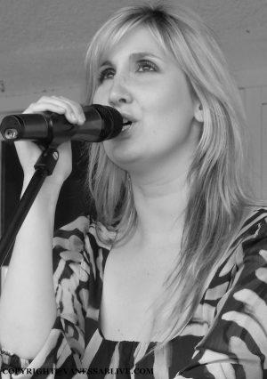 VANESSA B. LIVE Chanteuse