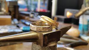 mariage et savoir faire - site mariage - prestataire mariage - alliance mariage - bijoutier mariage - alliance sur mesure